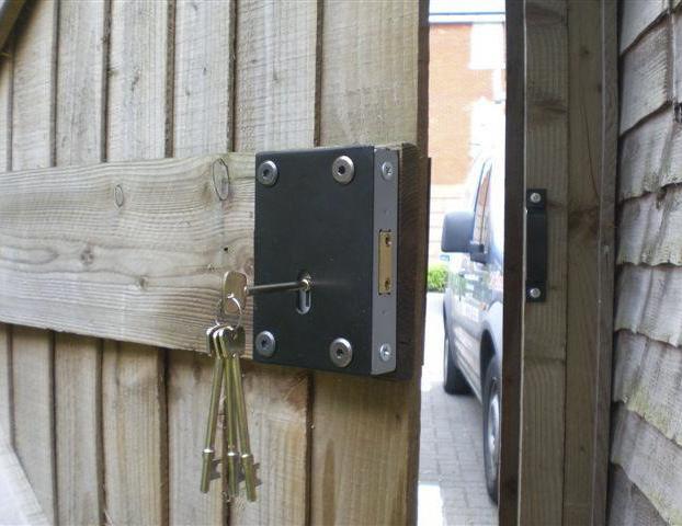 Specialist Lock & Security Installers | London Locksmiths | Wood